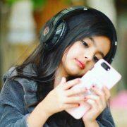 Stylish Baby Girl WhatsApp DP 36